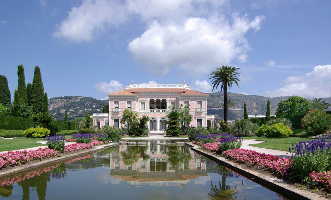 2. Villa_Ephrussi_de_Rothschild_BW_2011-06-10_11-42-29a - COPY